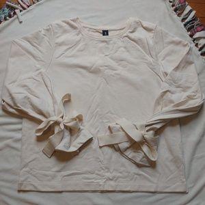 Agnes & Dora bow sleeve sweatshirt